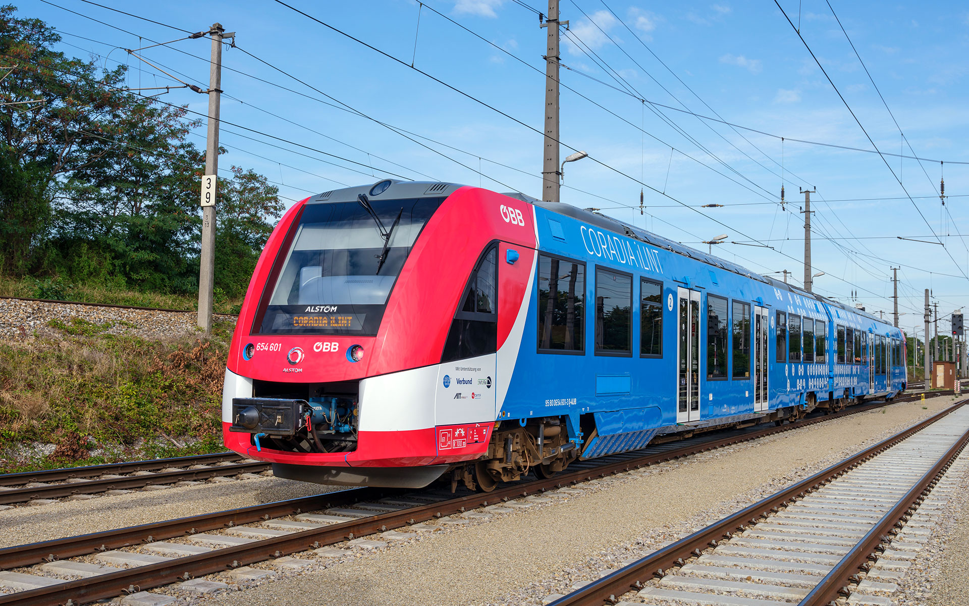 A Coradia iLint train on a commercial test run in Austria on 21 September 2020 (photo © ALSTOM / Christoph Busse).